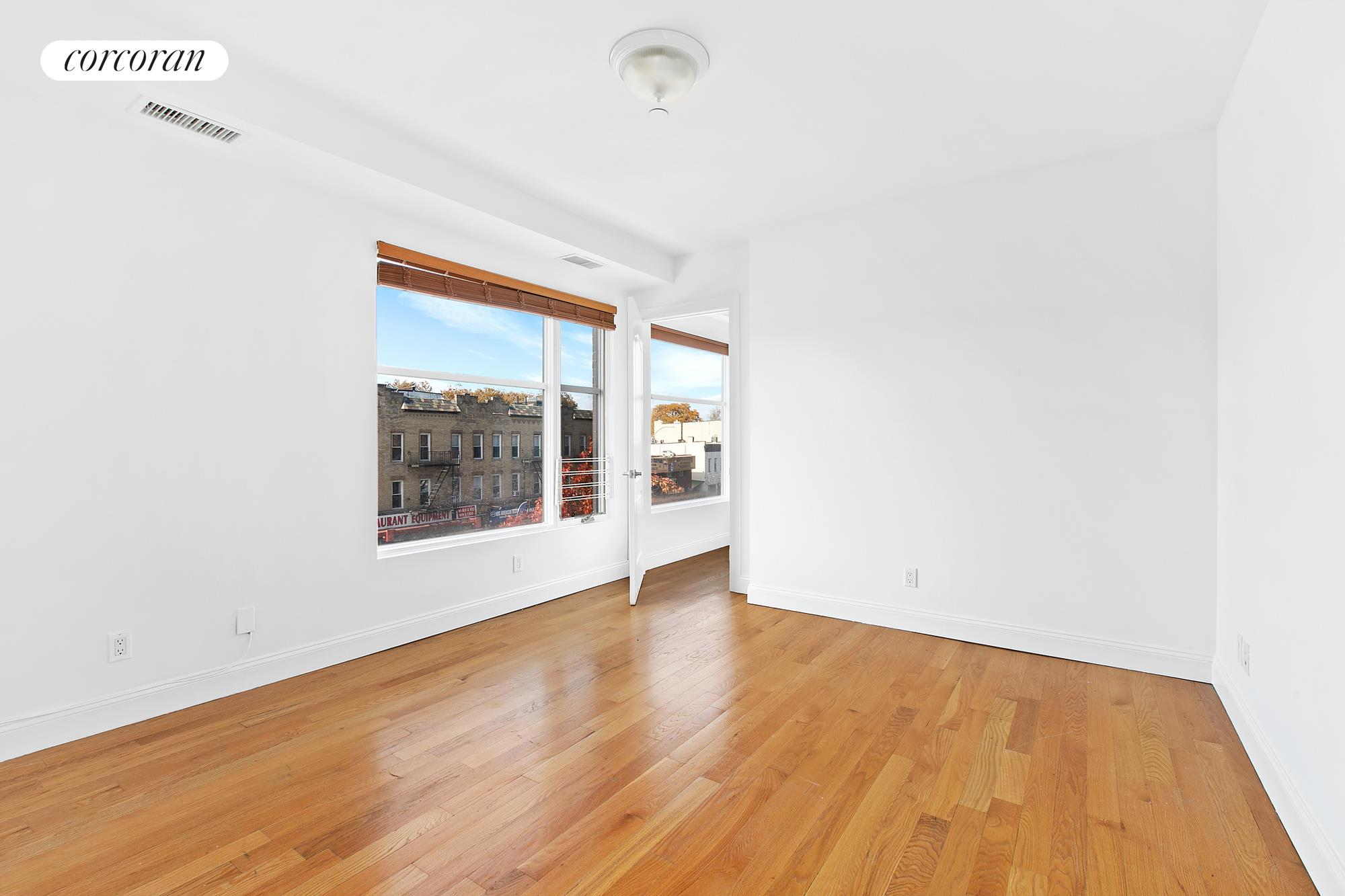 10 Slocum Place, 3E, Open Living/Dining Room