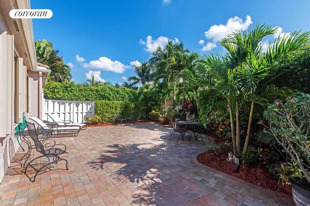 Corcoran, 8402 Staniel Cay, West Palm Beach Real Estate