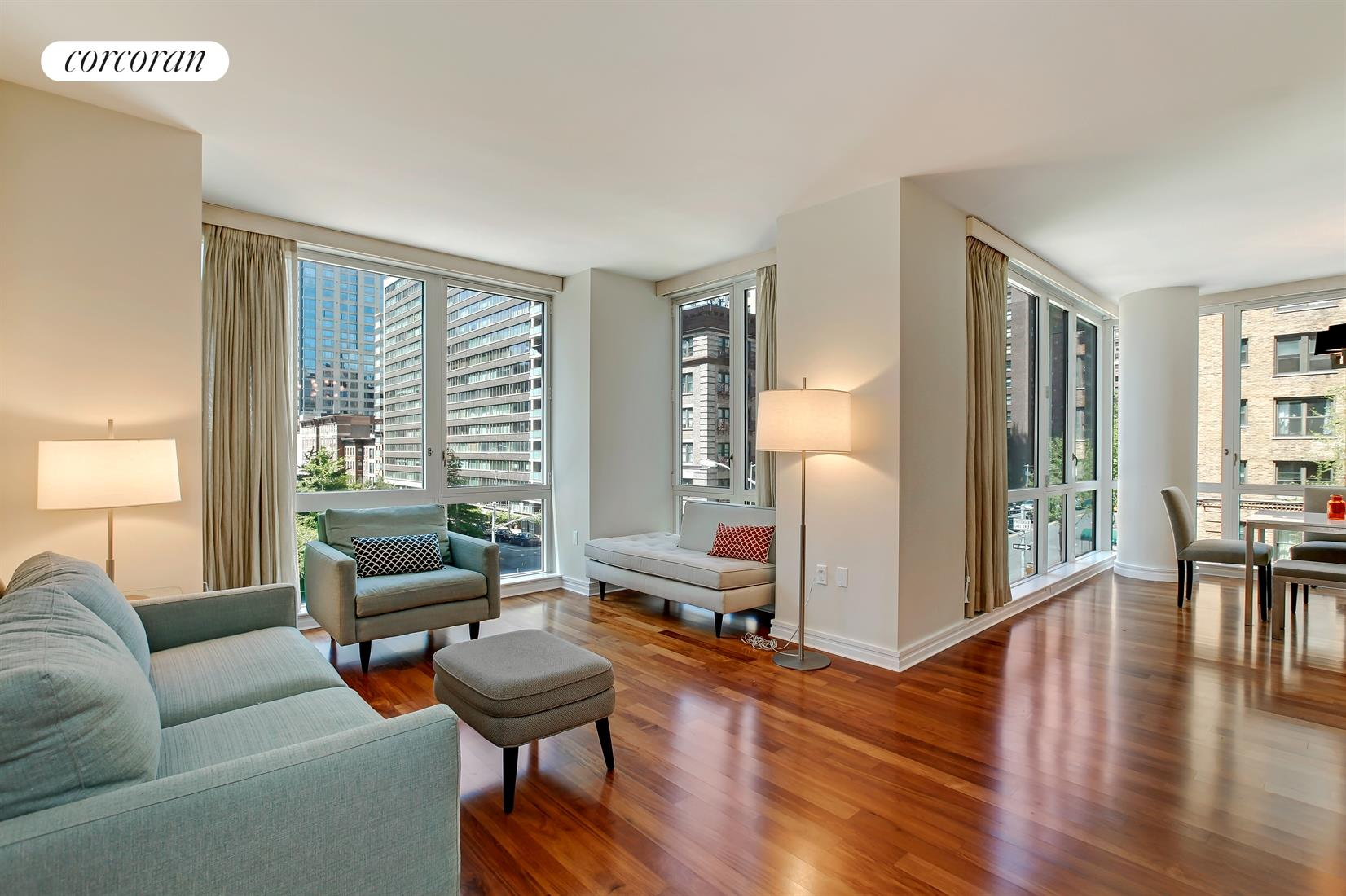 200 West End Avenue, 4C, Dramatic floor to ceiling windows