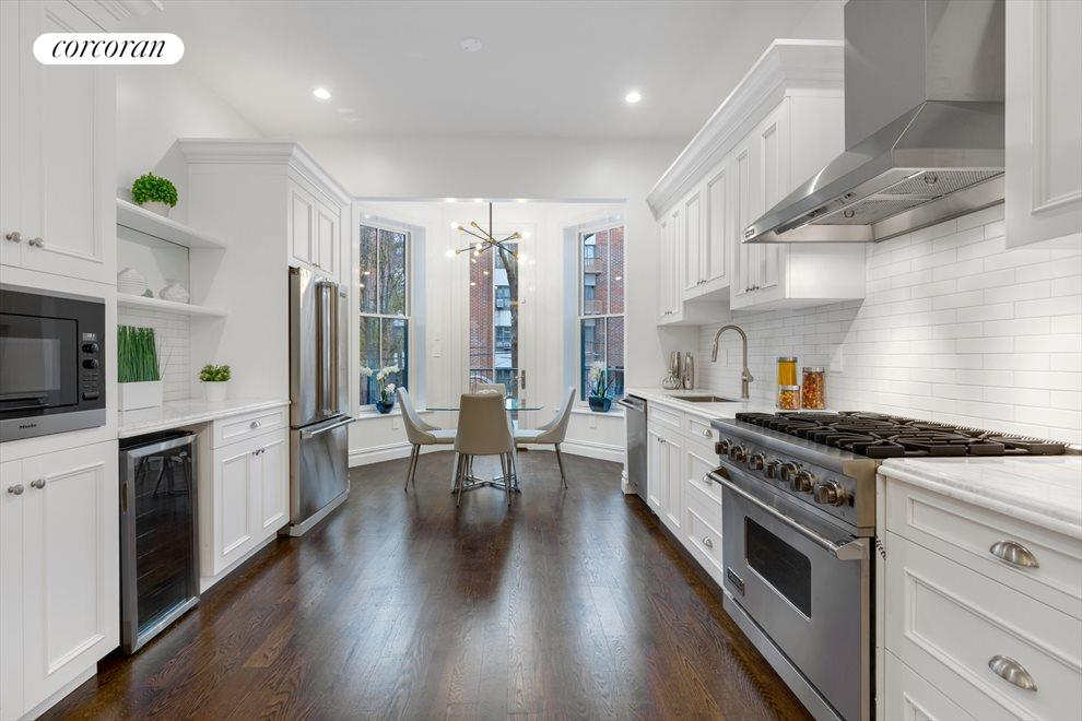 Signature White Kitchen  w/ Viking Appliances