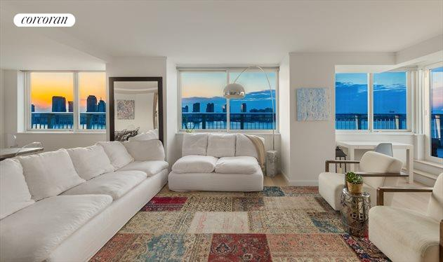212 WARREN ST, Apt. 18F, Battery Park City