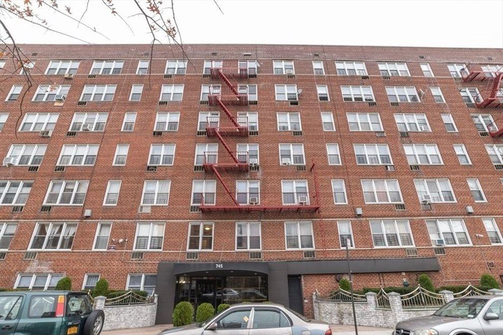 Flatbush, Brooklyn - 745 East 31st Street